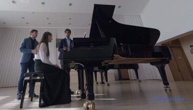Итальянский пианист провел мастер-класс для кропивницких музыкантов