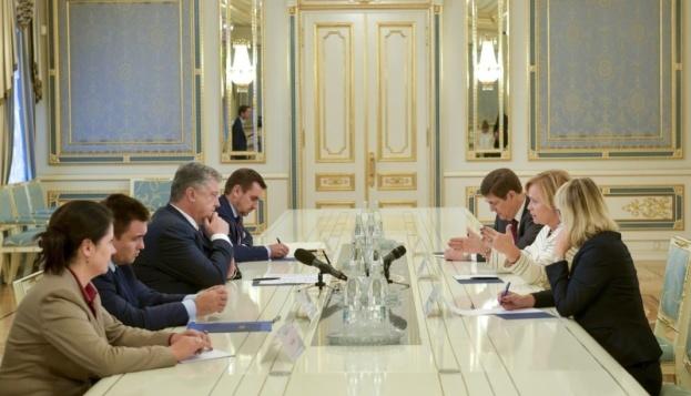 El presidente de Ucrania se reunió con la presidente de la Asamblea Parlamentaria de la OTAN