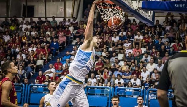 Баскетбол: Лень, Михайлюк і Кобець не приїдуть на найближчі матчі збірної України