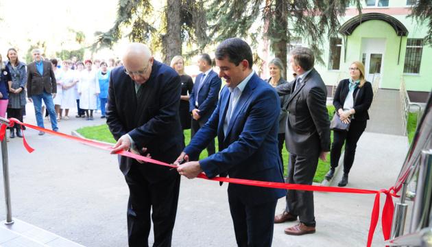 Ostukraine: Zwei Medizinische Einrichtungen in Slowjansk renoviert