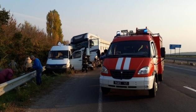 На Черкасчине в ДТП попала группа детей, двое в больнице