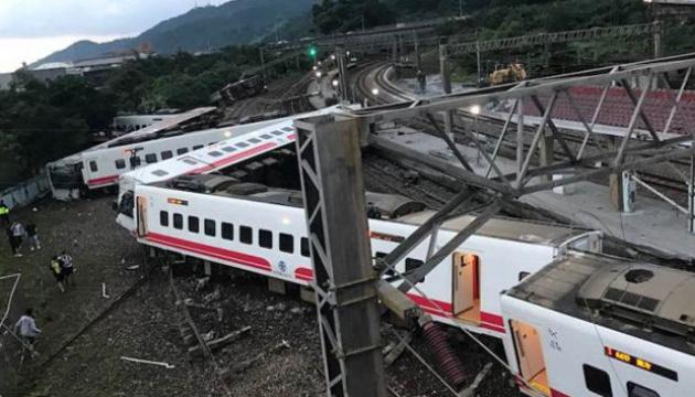 Авария поезда на Тайване: машинист докладывал о неисправных тормозах