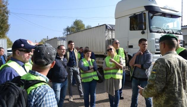 """Прикордонники провели навчання з виявлення """"ядерної"""" контрабанди"""