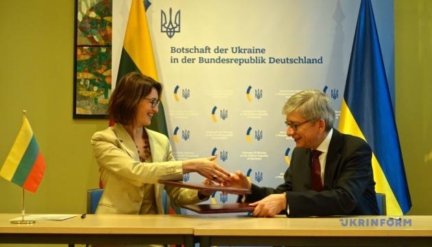 СКУ та Всесвітня литовська спільнота підписали Меморандум про взаєморозуміння
