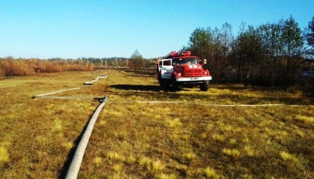 На Чернігівщині гасять пожежі на 2,5 га торфовищ
