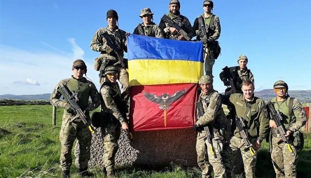 """Украинские десантники взяли """"серебро"""" на военных соревнованиях в Британии"""