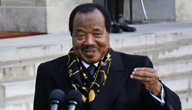 У Камеруні 85-річного президента переобрали на сьомий термін