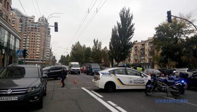 На бульваре Леси Украинки восстановили движение после масштабного ДТП