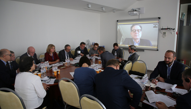 HQCJ holds Skype conference with candidates for Public Council of International Experts