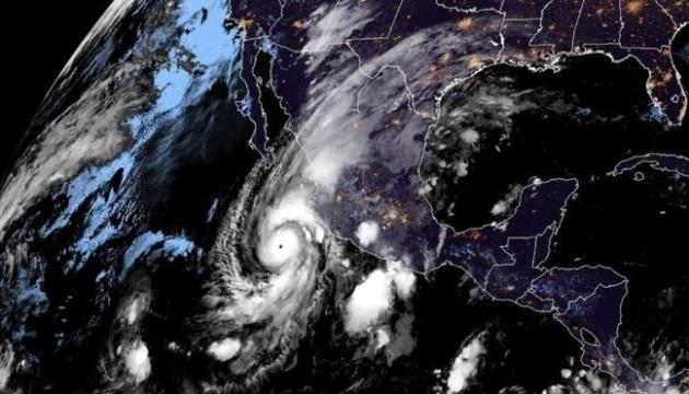 До узбережжя Мексики наближається шторм