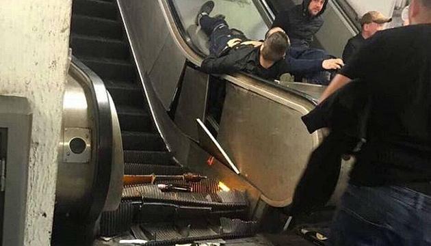 Ескалатор у метро обвалився через п'яних російських фанів  - італійський міністр
