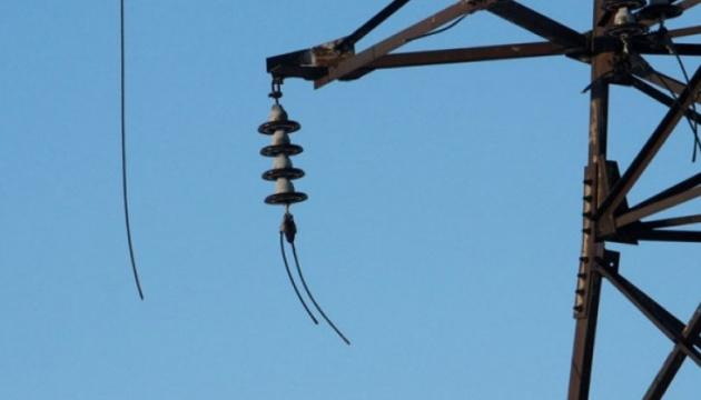 На Прикарпатье из-за штормового ветра - аварийные обесточивания