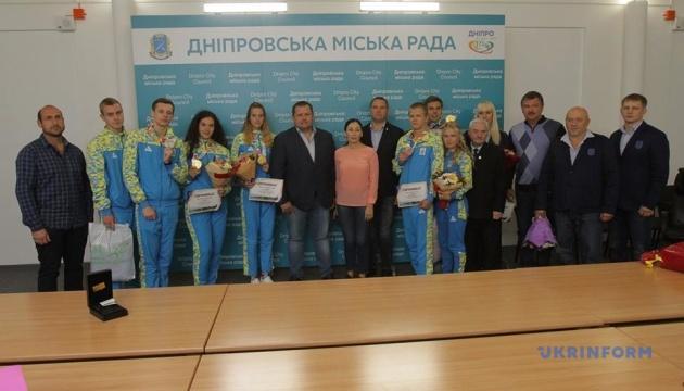 У Дніпрі відзначили медалістів юнацької Олімпіади