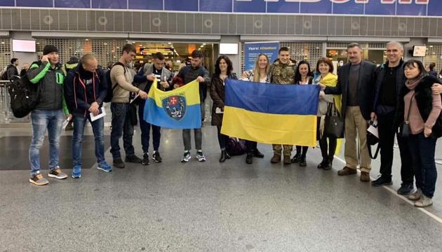 Порошенко українцям на Марафоні морської піхоти США: Віримо у вашу перемогу