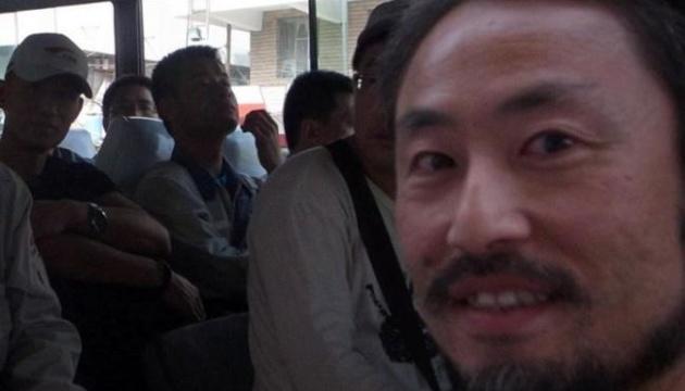 Японский журналист вернулся домой после трехлетнего плена в Сирии