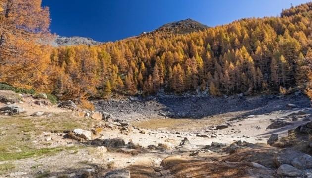 В Италии исчезло альпийское озеро