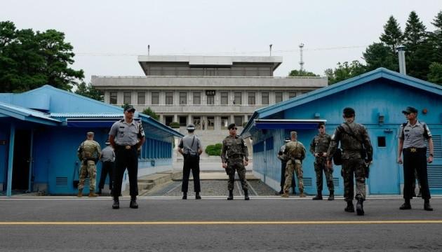 КНДР взорвала 10 пунктов охраны на границе с Южной Кореей