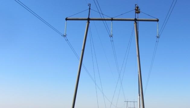 Укрэнерго отремонтировало линию передачи электричества на экспорт