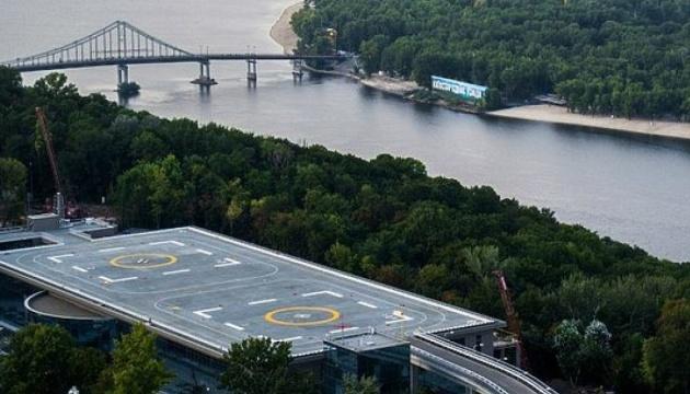 Вертолетную площадку Януковича могут задействовать для санитарной авиации
