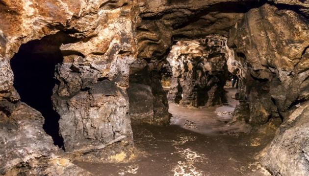 Археологи нашли трипольскую печь-лежанку в пещере на Тернопольщине