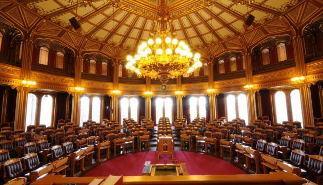 Норвезька урядова коаліція опинилася на межі розвалу