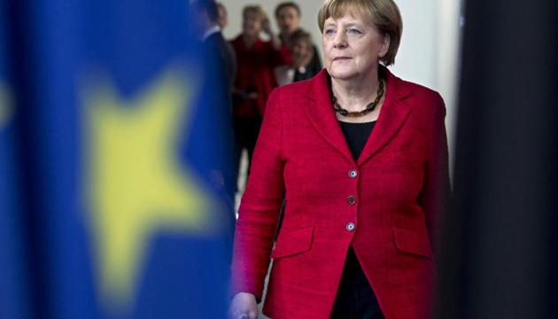 Будущий уход Меркель с поста главы ХДС не улучшил рейтинги правящих партий