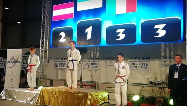 Украинская молодежь завоевала 3 награды на чемпионате Европы по джиу-джитсу
