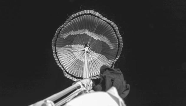 Парашют для миссий на Марс прошел все испытания — NASA