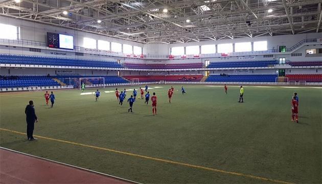 В Мариуполе стартовал юношеский футбольный турнир памяти Степана Молокуцко