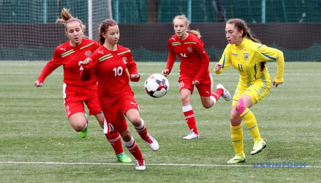 Футбол: девичья сборная Украины провела вничью второй спарринг с Беларусью