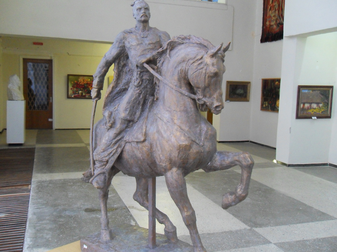 Скульптура з гіпсу Іван Богун