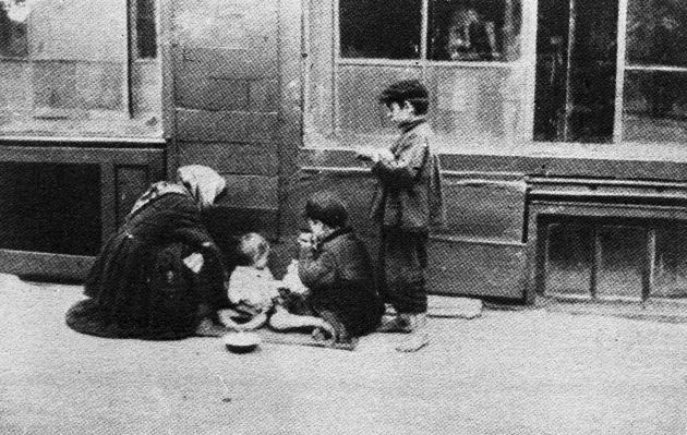 Женщина убежала в Киев от Голодомора 1932-1933 годов