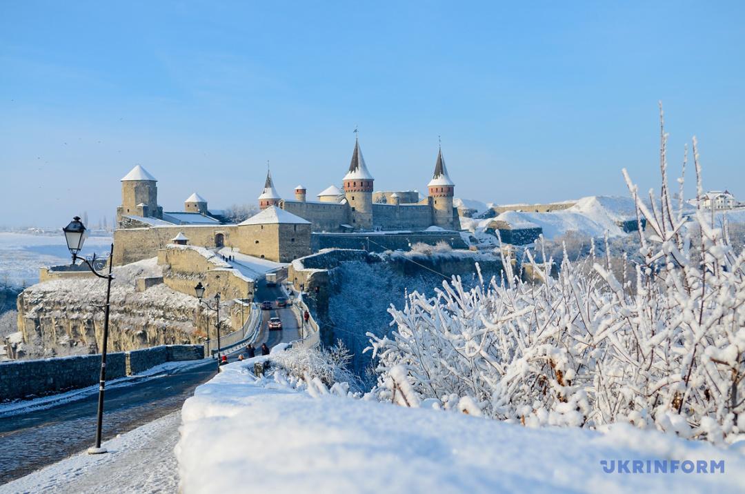 Кам'янець-Подільська фортеця: подорож до снігового королівства