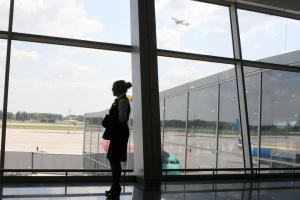 Українські авіакомпанії в жовтні виконали вчасно 82% рейсів