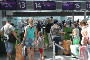 МИД предупреждает о возможных форс-мажорах в международных аэропортах в сезон отпусков