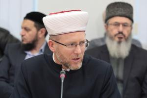 Муфтий призывает не посещать новую мечеть в оккупированном Крыму