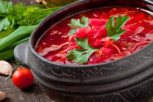 Українці в Барселоні зварили 70 л борщу для міжнародного фестивалю супів