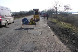 На Николаевщине срочно ремонтируют две трассы государственного значения