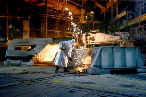 В мировом производстве чугуна Украина остается десятой