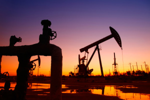 Нафта дешевшає на тлі сповільнення зростання ВВП Китаю