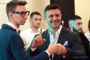 """Nach Skandal mit """"Velur"""": Restaurant bot nur Liefer und Abholservice an – Restaurantbesitzer und Parlamentsabgeordnete Tyschtschenko"""
