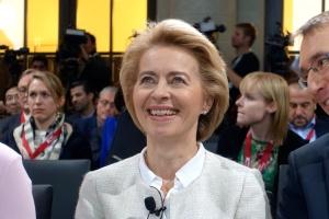 Европа не собирается менять мировой порядок в угоду Москве – глава Минобороны ФРГ