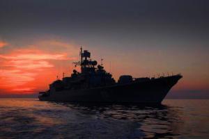 Військові човни РФ демонстративно підходять близько до українських берегів