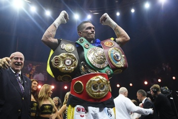 Yahoo Sports names Oleksandr Usyk boxer of the year