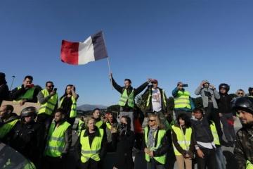 """У Франції збільшилась кількість загиблих під час протестів """"жовтих жилетів"""""""