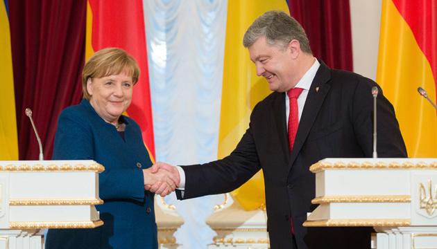 Германия выступает за продление санкций против России — Меркель