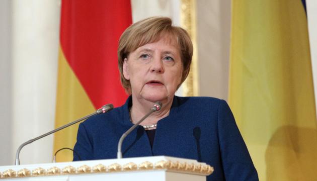 Angela Merkel: nous n'avons rien d'autre que les accords de Minsk