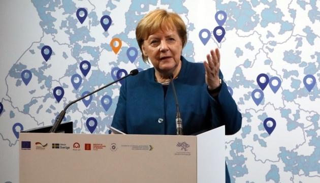Merkel definiert Hauptziel der Dezentralisierungsreform in Ukraine