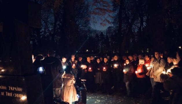 У Варшаві запалили свічки у пам'ять про 100-річчя польсько-української війни