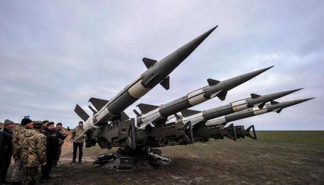 「ブーク」や「ソー」が登場。ウクライナ軍、クリミア近くでロケット・システムの発射訓練を実施